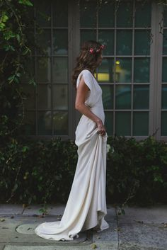 Stone Fox Bride wedding dress | see more on: http://burnettsboards.com/2016/01/stone-fox-brides-pop-shop/