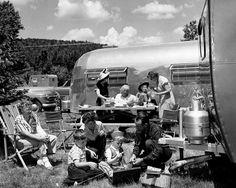 Roger Wilkerson, The Suburban Legend! Vintage Airstream, Vintage Trailers, Vintage Campers, Airstream Trailers, Travel Trailers, Parcs Canada, Automobile, Roadtrip, Going Home