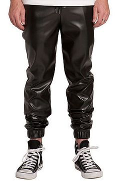 THE FAUX LEATHER JOGGER PANTS IN BLACK - vpstyles #mens #mensfashion #menpants