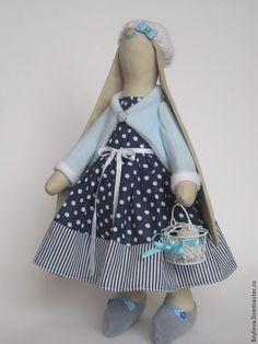 Зайка Эльза - голубой,зайка,зайка тильда,зайка девочка,зайка игрушка,зайка в платье