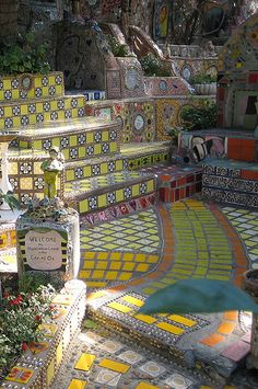 Amazing private mosaic garden in Hollywood, California.