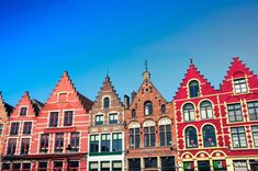 The charm of Bruges, Belgium, a city with a beautiful sigh European Home Decor, European House, Bruges, Cologne, Cathedral, Mansions, House Styles, City, Building