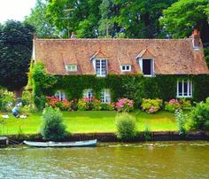 River cottage, how pretty! I would never leave!