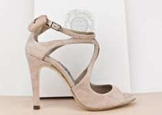 #sandalia #customizada #lazos #detalles #FASHION #SANDALS #MADEINSPAIN #SHOES #zapatos #oinetakoak #sabates #chaussures #scarpe #schuhe #SHIPPINGWORLDWIDE #SHOPPINGONLINE jorgelarranaga.com
