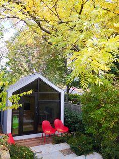 Prefab Office, Backyard Cottage, Farm Stay, Sense Of Place, Building Structure, Modular Furniture, Prefab Homes, Modular Design, Modern Luxury