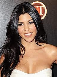 Kourtney Kardashian avocado coconut oil mask recipe for hair. 1 ripe avocado, 1 table spoon apple cider vinegar, 2 table spoons warmed coconut oil. Apply to the length of your hair & leave on for 30 minutes.