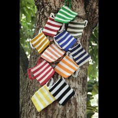 Chacaritas de diferentes colores, tejidas en gancho #panama  #507 #pty #polleraspanama #polleras #folklore #vestidos