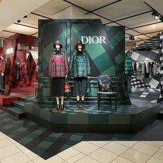Pos Design, Stand Design, Product Display, Exhibition Stands, Visual Merchandising, Showroom, Cyber, Dior, Retail