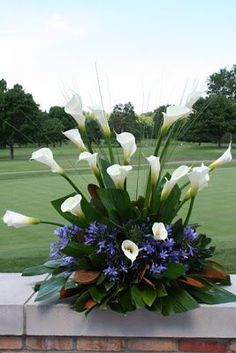 Creative floral designs.  Daylily Floral and Gifts, Grand Rapids, MI