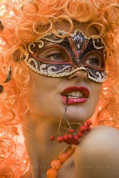 The Butterfly Masquerade beauty - lovely mask Venitian Mask, Make Carnaval, Beautiful Mask, Masquerade Party, Masquerade Masks, Carnival Masks, Masks Art, Orange Crush, Mardi Gras