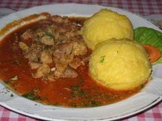 Erdélyi borsos tokány - Egy finom, szaftos tokány! - Ketkes.com Just Eat It, Hungarian Recipes, Meat Recipes, Entrees, Mashed Potatoes, Food And Drink, Favorite Recipes, Meals, Dishes