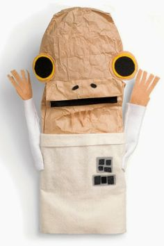 Free downloadable crafts for Star Wars Day, May The 4th!