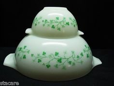 RARE Pyrex Promotional White Ivy Chip DIP Bowls