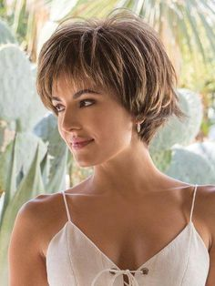 Straight Brown Capless Best Synthetic Short Wigs - June 16 2019 at Bob Style Haircuts, Bob Hairstyles For Fine Hair, Short Pixie Haircuts, Trending Hairstyles, Short Haircut, Hairstyles With Bangs, Modern Hairstyles, Layered Haircuts, Braid Hairstyles