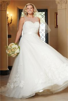 #plussizegown #weddings | plus size wedding dresses | Let us create a bridal gown like this for you | www.dariuscordell.com/featured/plus-size-wedding-dresses-bridal-gowns/