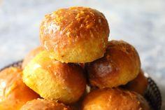Bułeczki dyniowo pomarańczowe - Thermomix Przepisy Hamburger, Bread, Food, Brot, Essen, Baking, Burgers, Meals, Breads