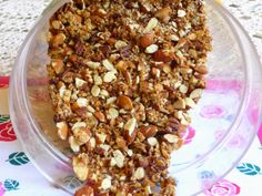 SPLENDID LOW-CARBING BY JENNIFER ELOFF: BEST, SIMPLEST NUTTY AND CRUNCHY GRANOLA ~ This granola simply stays crunchy for weeks!  Please visit us for more lovely recipes at: https://www.facebook.com/LowCarbingAmongFriends
