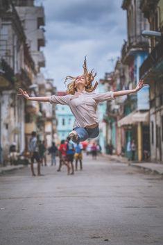 Fotografia: Balé Clássico nas ruas de Cuba por Omar Robles