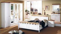 Перейти к выбору мебели из массива для спальни!