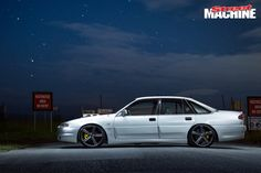 LS1-POWERED VS COMMODORE WITH WALKINSHAW TWIN THROTTLEBODIES