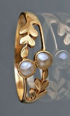 """gold ring earrings wonderhome: """" Edwardian Laureate Ring in Gold & Pearl tad Gold Rings Jewelry, Simple Jewelry, Gold Bangles, Pearl Jewelry, Antique Jewelry, Jewelry Gifts, Jewelry Necklaces, Pearl Rings, Gold Ring Designs"""