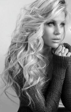 big messy curls gorgeous- this is the way I want my hair 1 day...lol