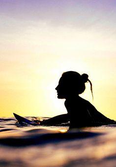 surf-fear:  photo by Magi Keman Nikki Van Dijk