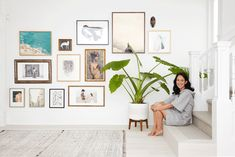 Create a unique gallery wall with Minted. Our founder & CEO takes us inside her home to show how to breathe new life into your gallery wall by updating key art pieces to mix with your personal photos, mementos, and heirloom treasures. Wall Collage, Wall Art Prints, London Wall, Entry Way Design, Inspiration Wall, Mid Century House, Picture Wall, Home Interior Design, Living Room Designs