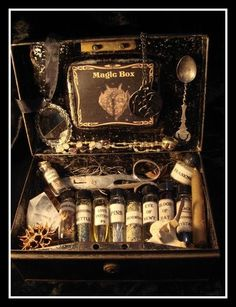 Potions. I love this kit! I bet a wizard would too! #MonsterNight #pbazeltine