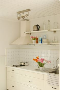 White kitchen shelving