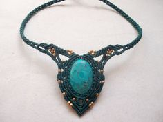 Makramee Halskette mit wunderschönen Sattuckite in von LunaticHands