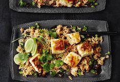 Gebratener Reis mit Tofu und Knoblauch