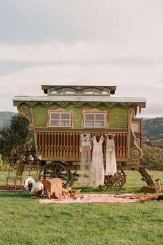 Caravan Gypsy Vardo Wagon: A wagon; photography by Elizabeth Messina, Gypsy Home, Boho Home, Glamping, Bohemian Gypsy, Gypsy Style, Boho Style, Gypsy Bar, Hippie Style, Gypsy Trailer