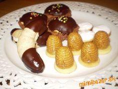 Orechové úliky gaštanové rohlíčky karamelové košíčky linecké koliečka