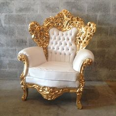 White Leather Chair Antique Italian Baroque Throne Chair Bergere Refinish Gold Leaf Gild Tufed Crystal Glass Button Rococo Louis XVI