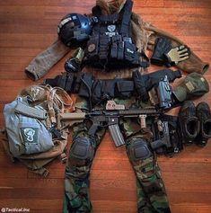 특수 부대 개인 전투 품목들 - 유용원의 군사세계