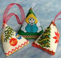Advanced Embroidery Designs. Christmas Berlingot designs for machine embroidery.