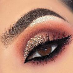 Jan 2019 - 14 Shimmer Eye Makeup Ideas for Stunning Eyes - Double The Eyeliner Makeup Dupes, Glam Makeup, Beauty Makeup, Eye Makeup, Hair Makeup, Night Makeup, Makeup Set, Makeup Hacks, Bridal Makeup