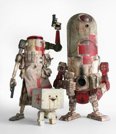 World War Robot | Artist: Ashley Wood (Medbots, used for basic clerical and diagnostic work, freeing up man power in hospitals)
