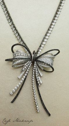 CHANEL | Diamond Bow Necklace |   #bowgear