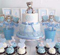 décoration de baptême pour garçon en bleu cupcakes et gâteau #baby #decoration
