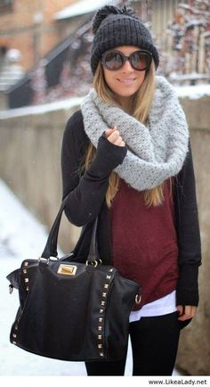 "Warm casual winter outfit fashion with scarf looks so comfy. If only that would pass for a ""winter outfit"" around here! Casual Winter Outfits, Winter Fashion Outfits, Look Fashion, Autumn Winter Fashion, Fashion Clothes, Fall Outfits, Womens Fashion, Winter Style, Outfit Winter"