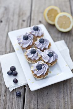 Mini Blueberry Lemon Cheesecake Bites | Perfect for a picnic!