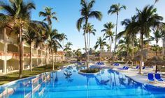 Majestic Colonial Punta Cana - All-Inclusive  This beautiful beachfront resort offers luxury accommodations and facilities. The Majestic Colonial is the perfect setting for a fantastic and memorable holiday.