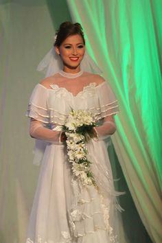 Kasalang Filipino sa Dumaguete 2013 Bridal Fashion Show! <3 #kasalangfilipino [www.kasal.com] Filipino, Wedding Dresses, Fashion, Bride Dresses, Moda, Bridal Gowns, Fashion Styles, Weeding Dresses, Wedding Dressses