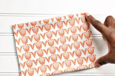 Handmade Heating/Cooling Pad | WeAllSew Sewing Machine Projects, Small Sewing Projects, Sewing Projects For Beginners, Sewing Tutorials, Sewing Crafts, Sewing Tips, Sewing Ideas, Diy Heating Pad, Heating Pads