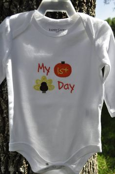 baby onesie with Thanksgiving applique. $10.00, via Etsy.