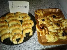 Medialunas de manteca Super faciles (fotoreceta) - Rece... en Taringa! Zucchini Pancakes, Some Recipe, Croissant, Scones, Cereal, Muffin, Food And Drink, Homemade, Cooking