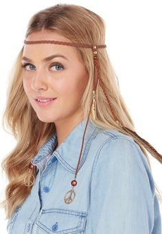 This @lyricculture headband is perfect for all those BBQ's, beach bum days and of course, every outdoor music concert on your agenda. Add a breezy, blousy top or dress, a pair of boots and you're set!