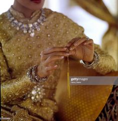 News Photo : Close up of Queen Sirikit of Thailand's hands,. Thailand Fashion, Thailand Art, Visit Thailand, Thai Traditional Dress, Traditional Outfits, Gold News, Thai Princess, Thailand Adventure, Queen Sirikit